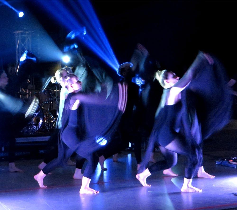 lolarogge-2015-tanz-im-zirkuszelt16