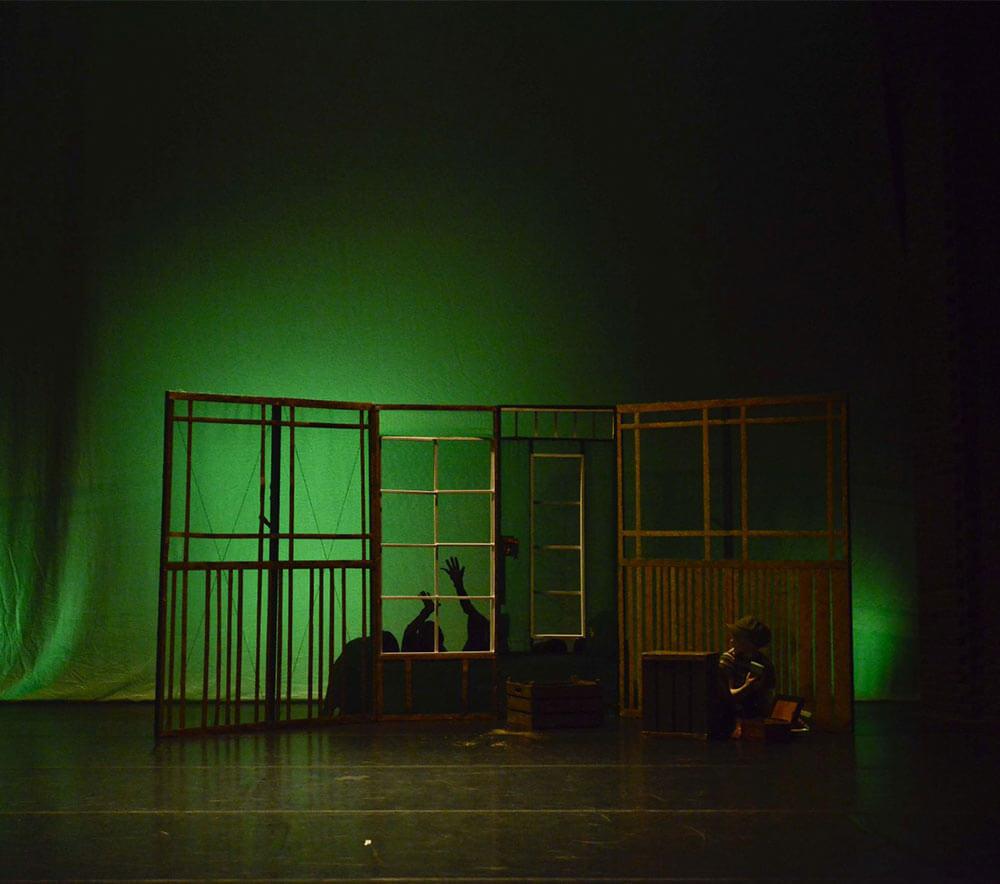 lolarogge.maerz-2014-tanzauffuerung-wie-rasmus-sich-eltern-suchte30