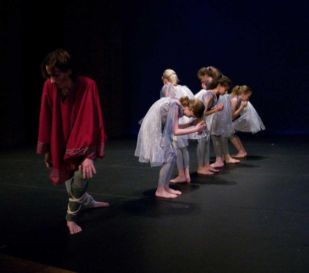 maerchen-mythen-kindertanzauffuehrung-lola-rogge24