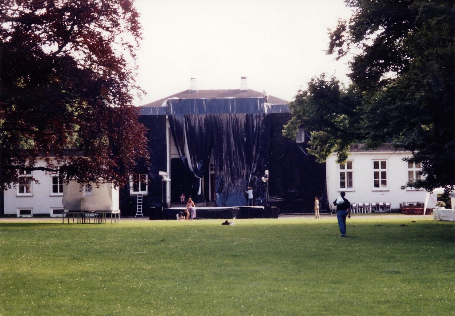 Nacht aus Blei 1_7,01-1lolaroggeschule-die-nacht-aus-blei-wagenknecht-200lolaroggeschule-die-nacht-aus-blei-wagenknecht-2001